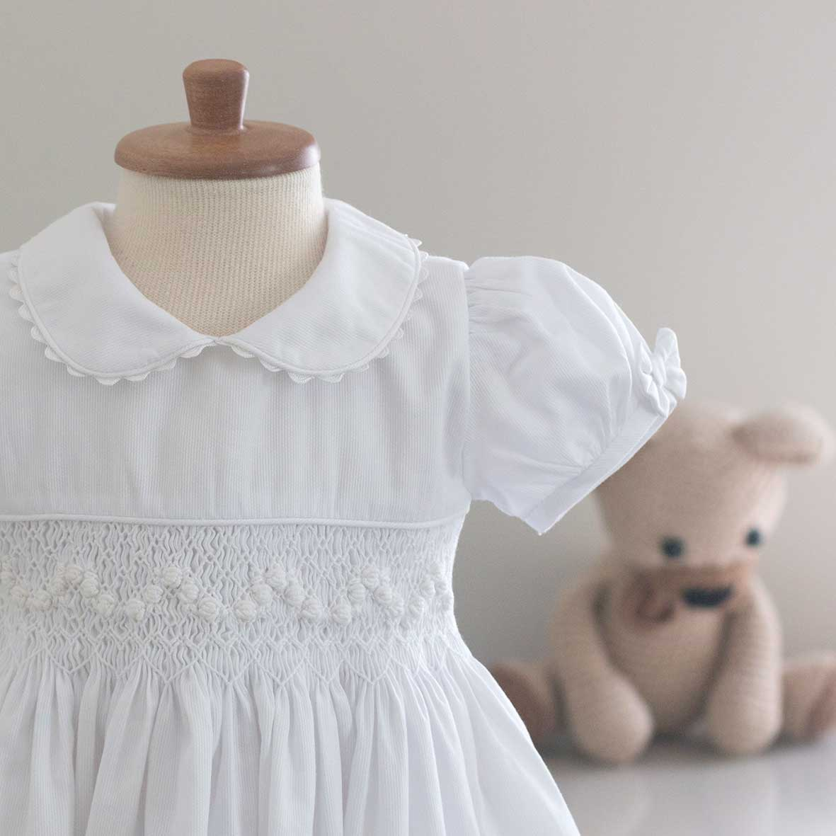 Vestido Casinha Branca