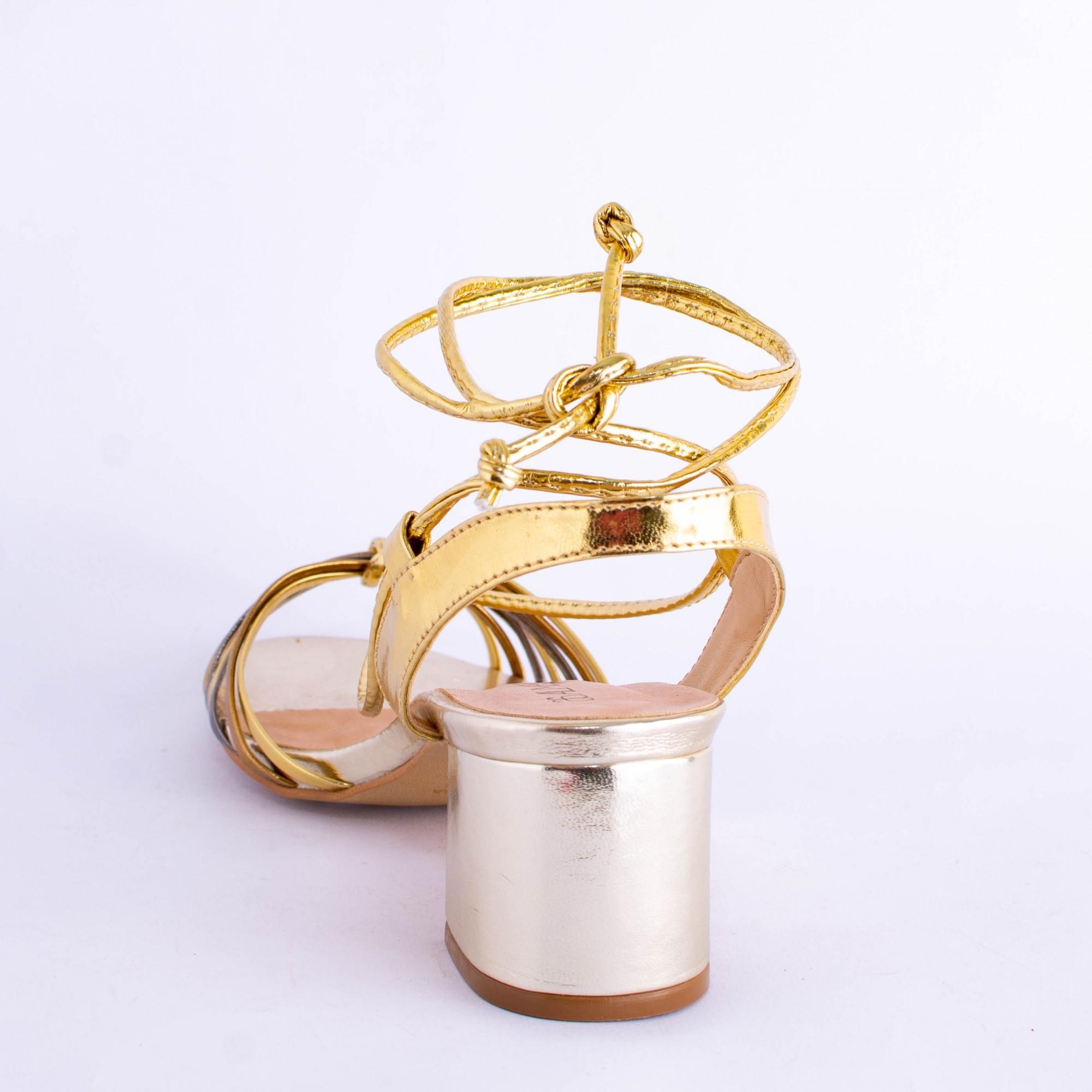 Sandália Ouro Light com Amarração