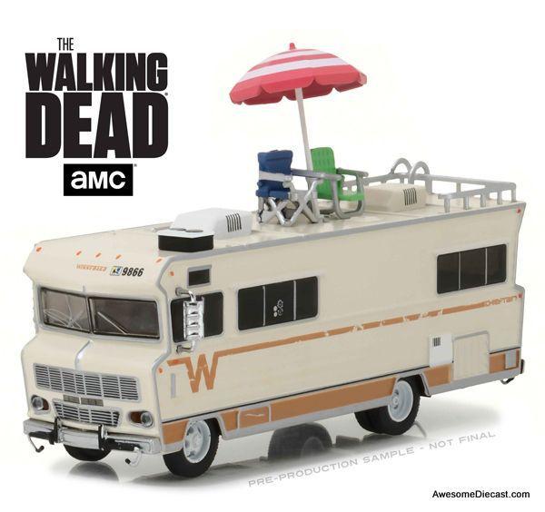 Winnebago Chieftain 1973 -  The Walking Dead