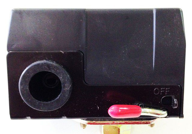 Pressostato Automatico P/ Compressor de Ar Alta Pressão C/ 1 Via 135 / 175psi Com Alavanca Leefoo