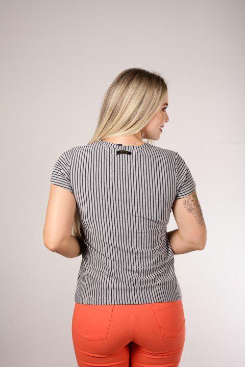 Blusa Up Zup T-shirt Mescla com Listras Pretas e Pala no Busto