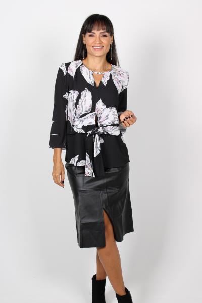 Blusa feminina Smell com amarração na cintura