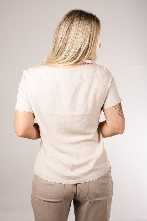 Blusa Off White com Decote V Pespontado Smel