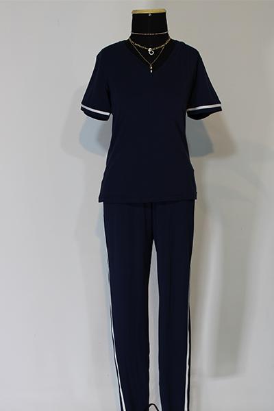 Calça Azul Marinho com Vivo Lateral Branco