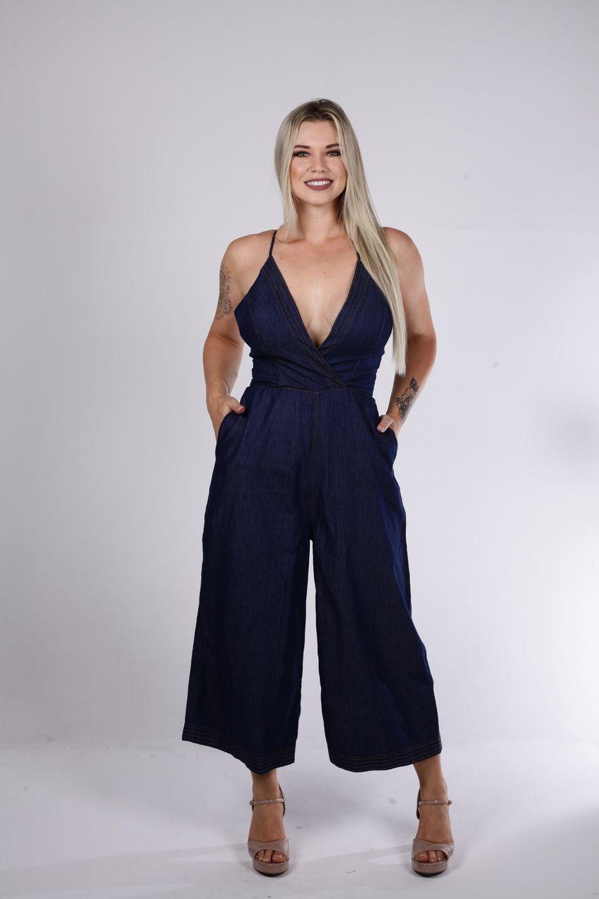 Macacão Tigrara Jeans Com Decote Transpassado