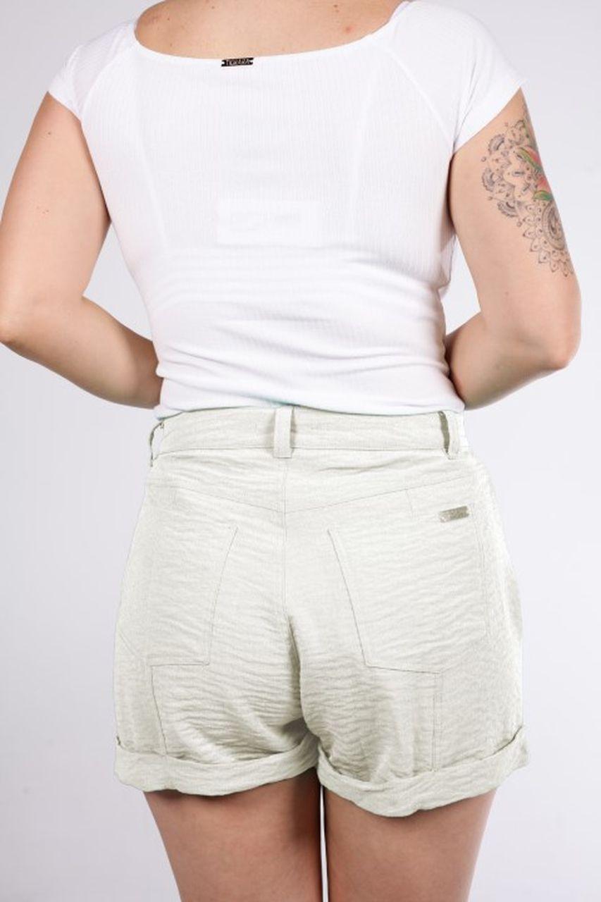 Shorts Tigrara Linho Off White com Detalhe Em Cinto