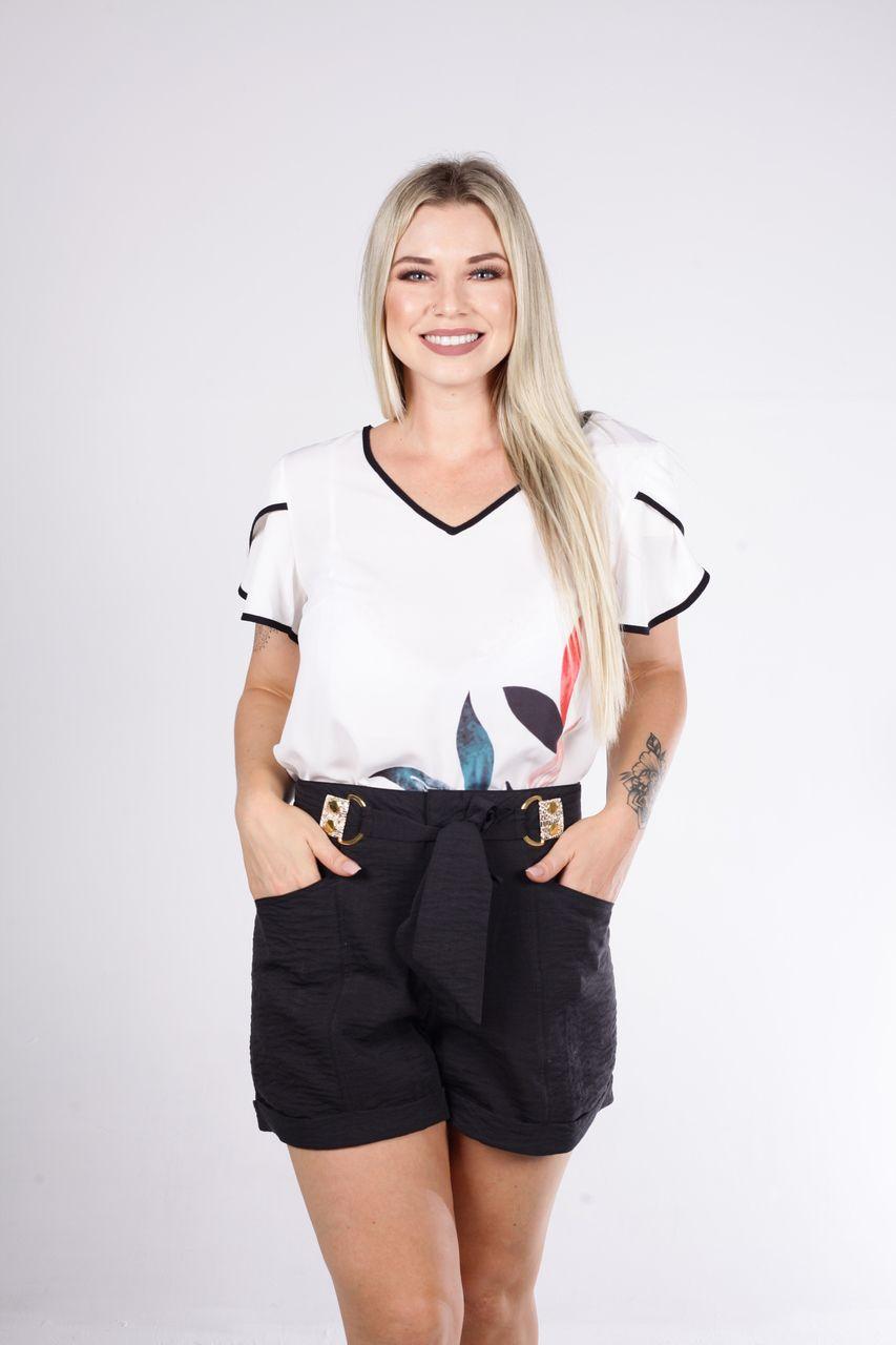 Shorts Tigrara Linho Com Detalhe Em Cinto