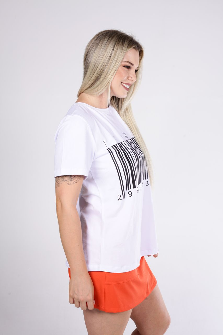 T-Shirt Tigrara Branca de Malha E Estampa Código De Barras
