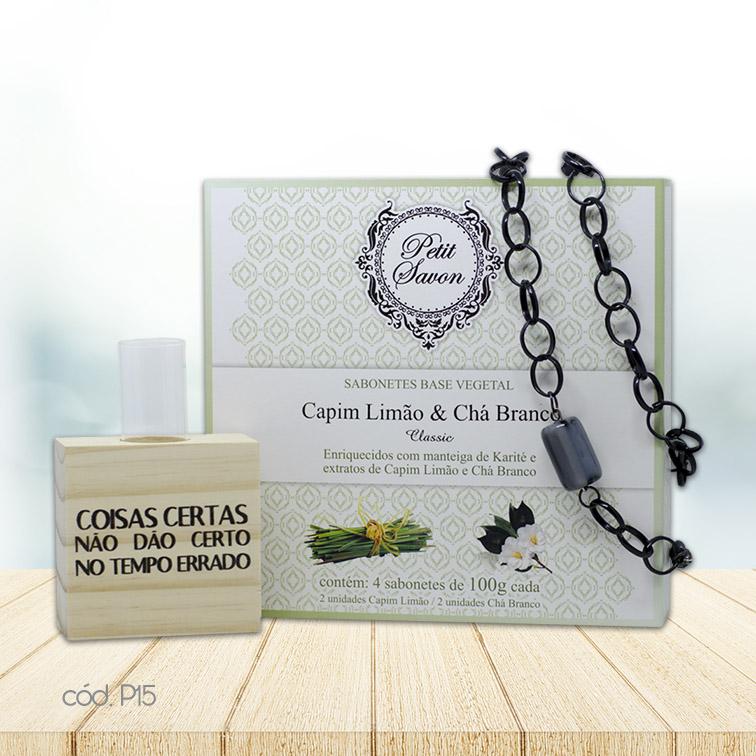 Kit Decorativo de Mesa com Colar em Argolas e Sabonetes em Barra Chá Branco e Capim Limão