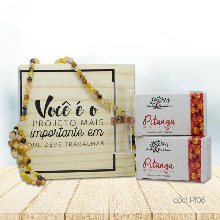 Kit Decorativo de Mesa com Sabonetes em Barra Pitanga e Colar de Cristais Artesanal