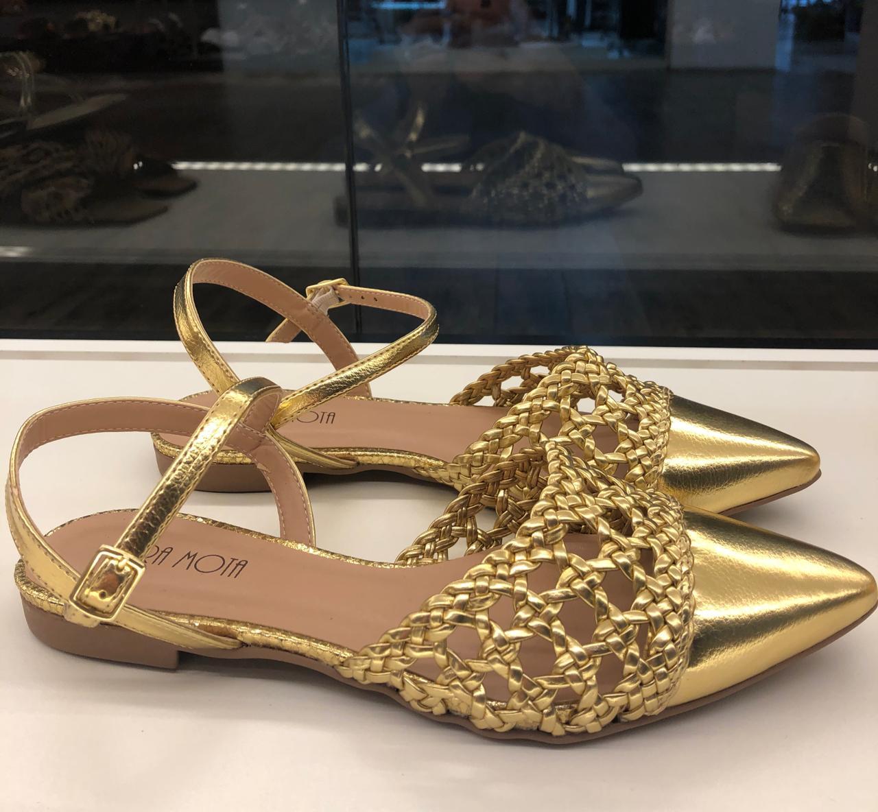 Chanel trançado napa ouro