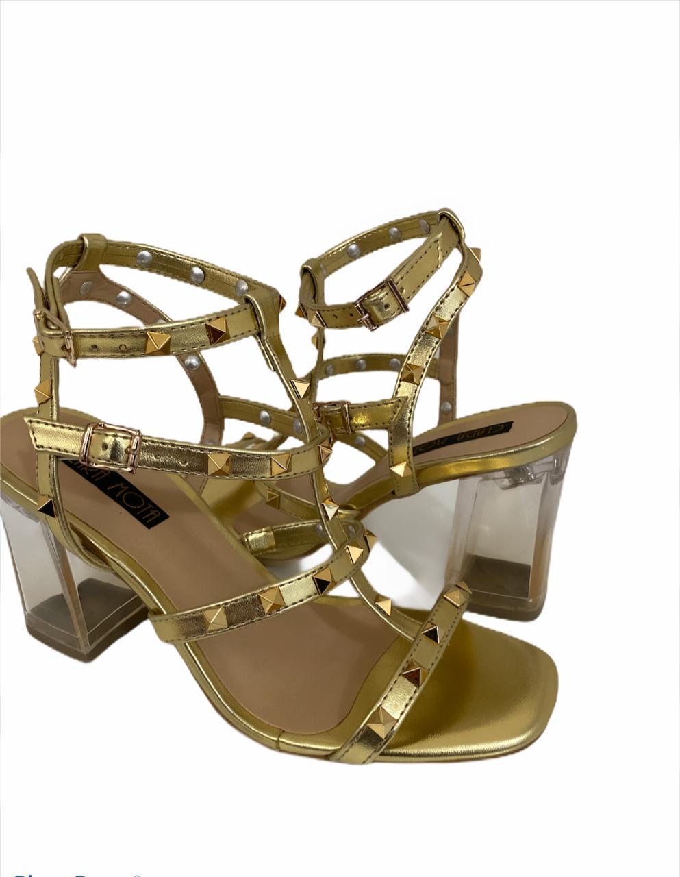 Sandália Danúbia dourada