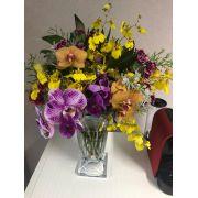 Arranjo de Flores Especial Dia das Mães G