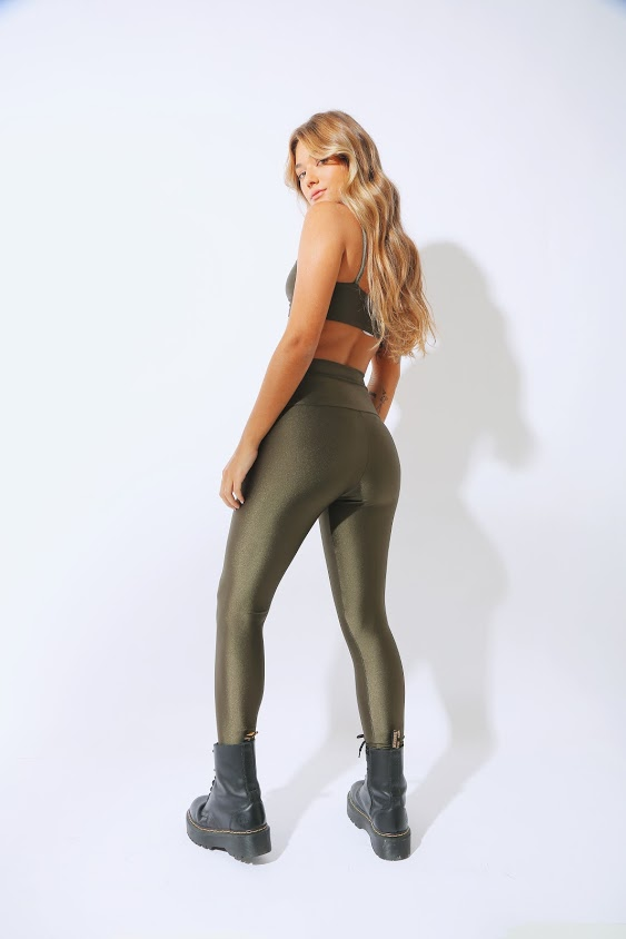 Top Basic Lycra Verde Musgo