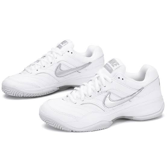 Tenis Nike Feminino Court Lite - Branco e prata