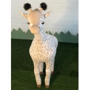 Girafa Doloris em Pé G