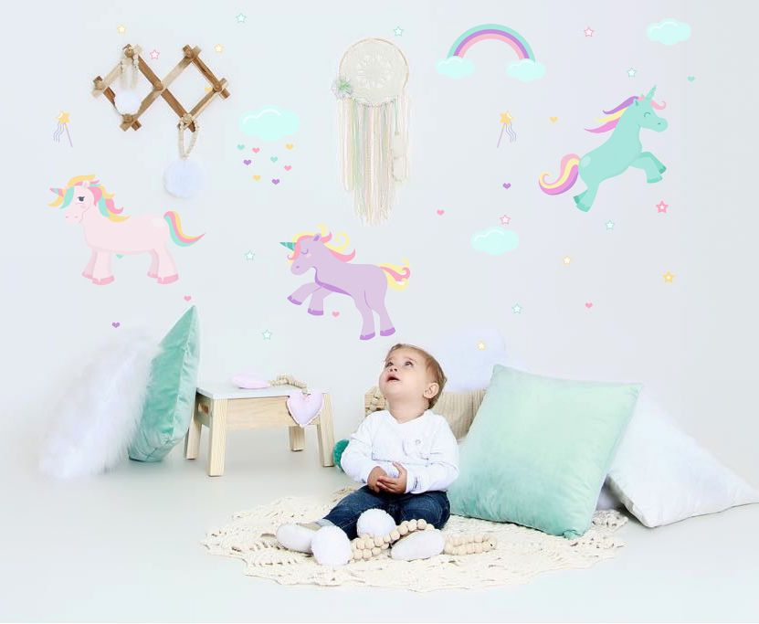 Adesivo de parede infantil Unicórnios