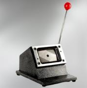 Cortador de Cartão / Crachá PVC Manual