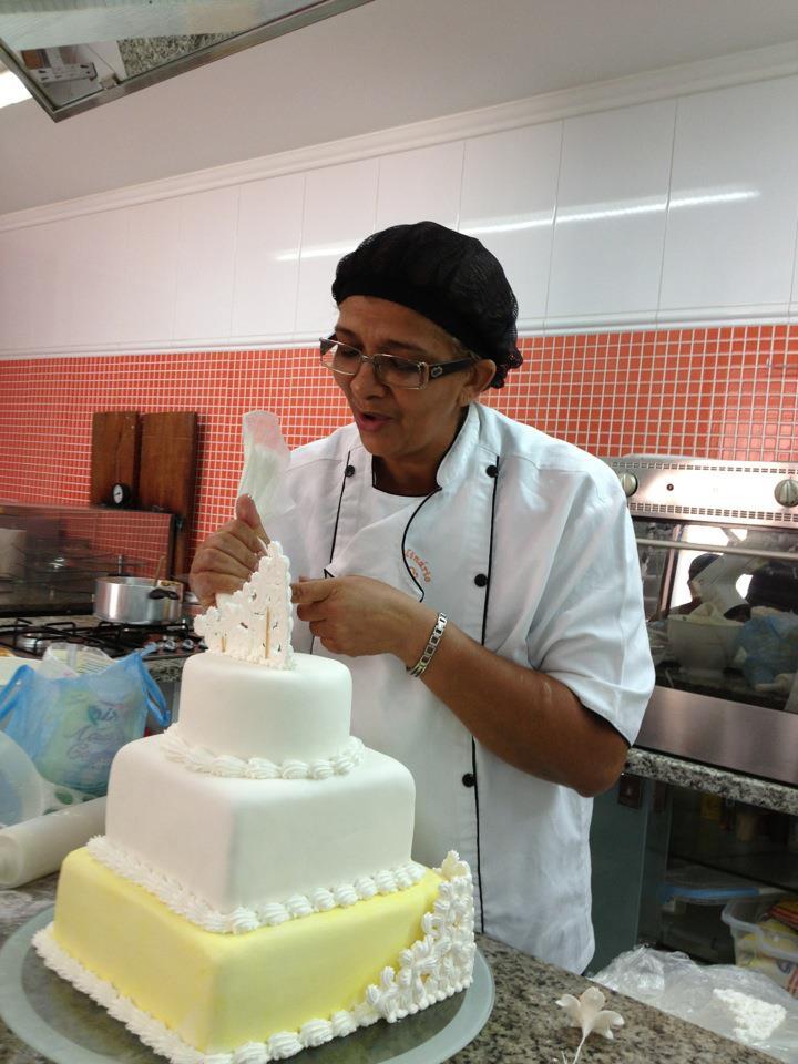 CURSO DE CONFEITARIA NIVEL 1 Dias 5, 6, 7/ 11 a TARDE  CAKE DESIGN   Ana Lucia