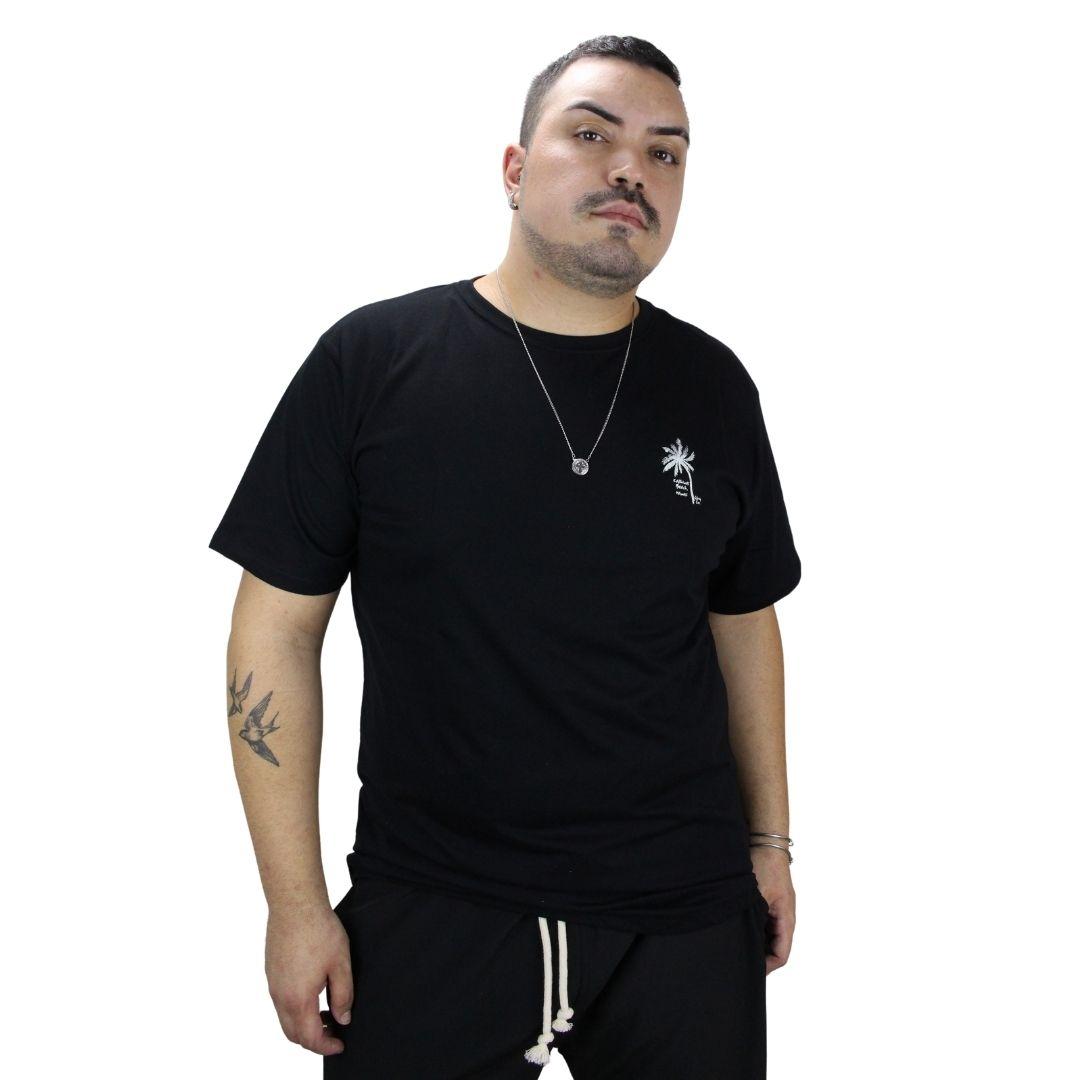 Camiseta Com Pequena Estampa Coqueiro