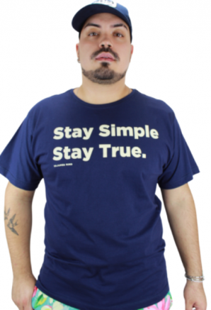 Camiseta Stay True Azul Marinho