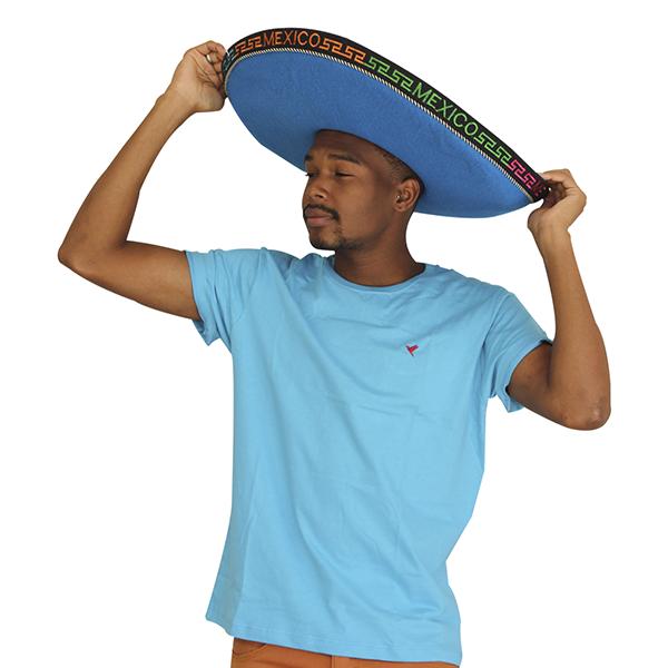 KIT 3 Camisetas ( Preta, Branca e Azul Claro)