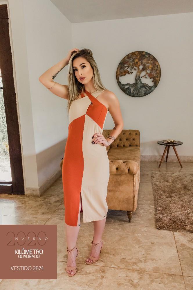 vestido bicolor midi
