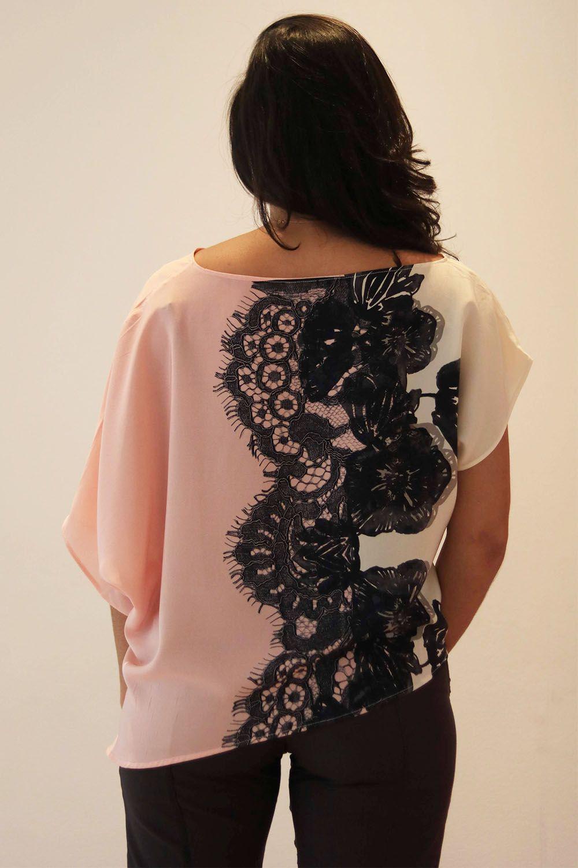 Blusa Assimétrica em Seda Imitando Renda - Tecido de Aproveitamento