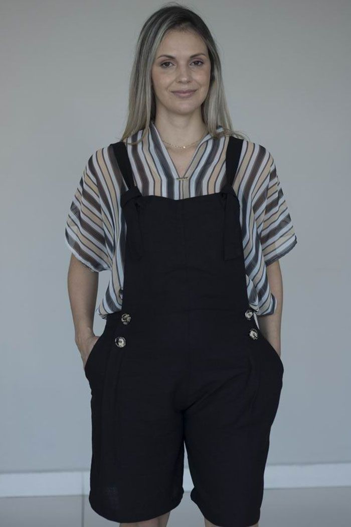 Blusa de Seda com Detalhes de Entre-Meios nas Costas - Moda Sustentável