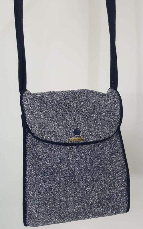 Bolsa Azul com Brilho