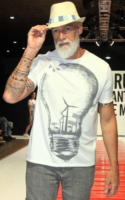 Camisetas ecológicas - tecido garrafa Pet - Vida BR - Lâmpada
