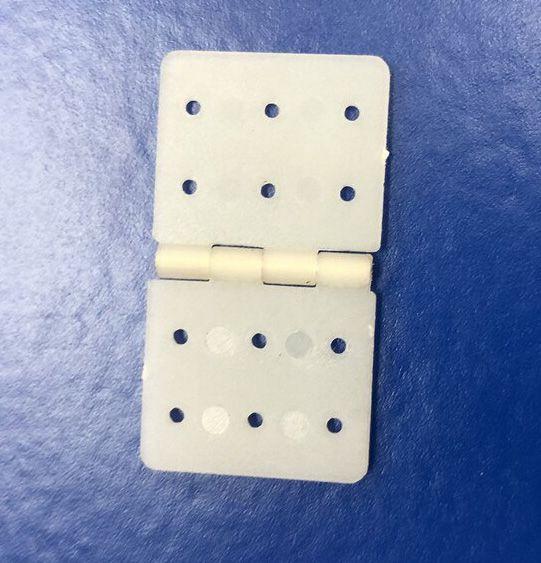 Dobradiça de Nylon 16mm x 28mm - 50 peças