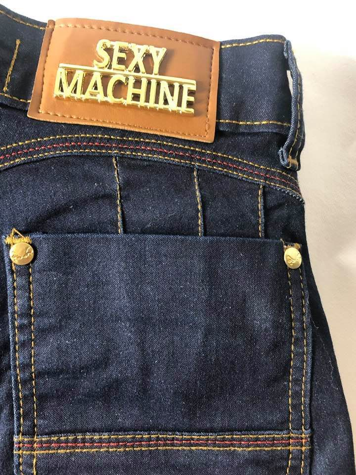 Shorts Sexy Machine Tie
