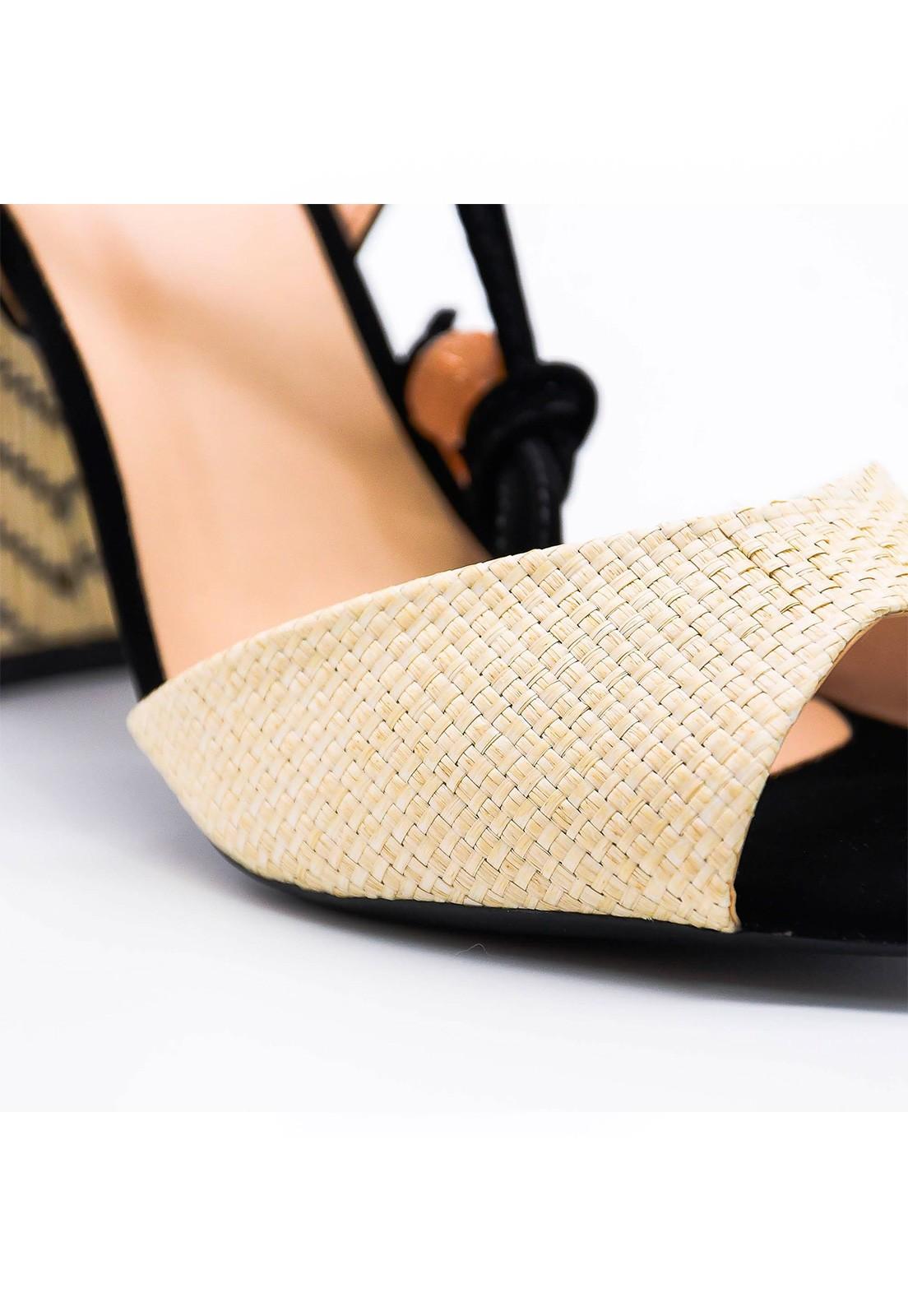 Sandália couro e ratan Hits