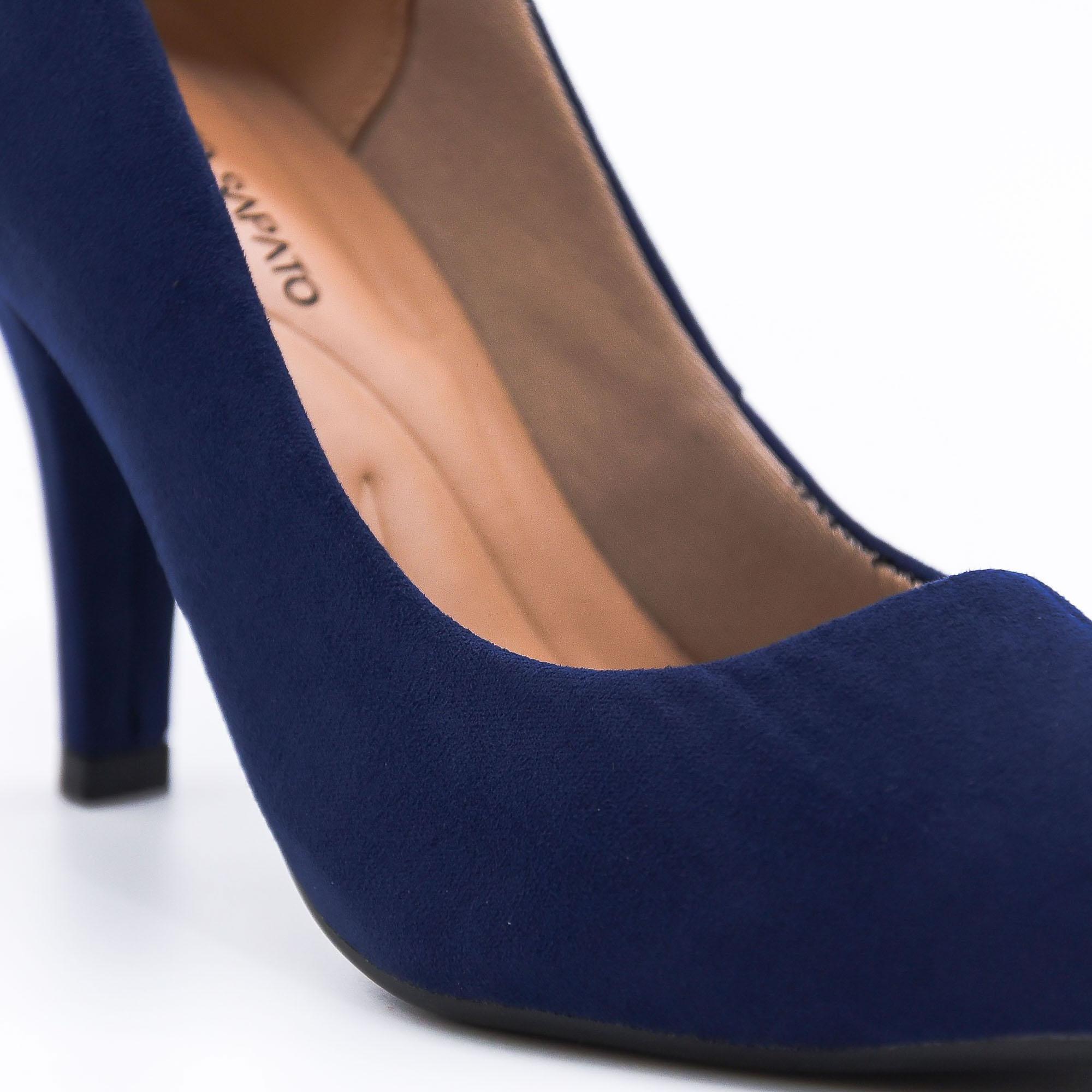 Scarpin marinho salto fino médio Bendito Sapato