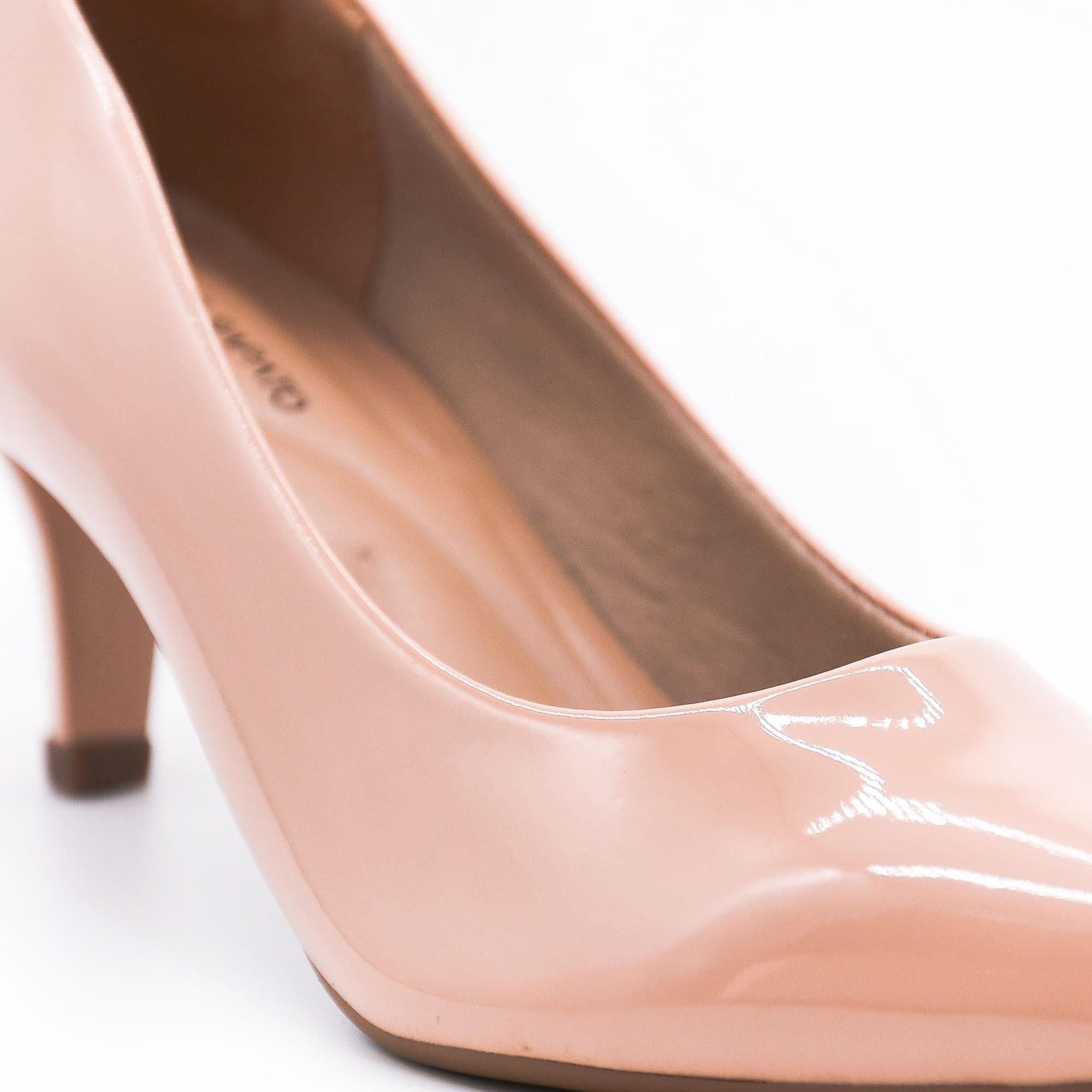 Scarpin verniz nude salto baixo Bendito Sapato