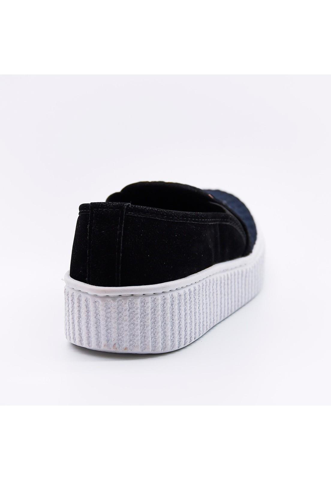 Slip-on tressê preto e dourado Bendito Sapato
