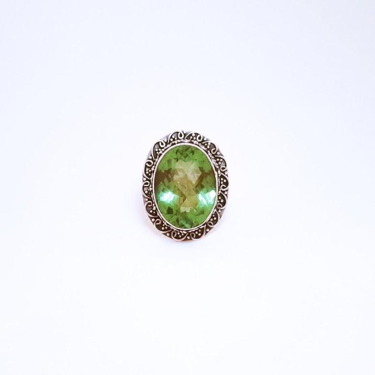 Anel de Prata com Citrino Verde