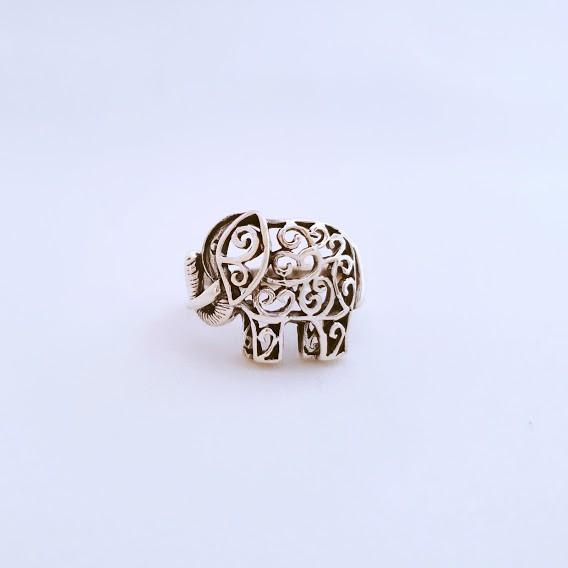 Anel de Prata Elefante Detalhado