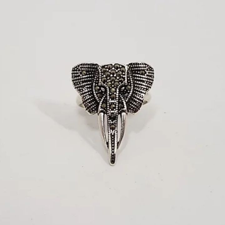 Anel de Prata Elefante Marcassita