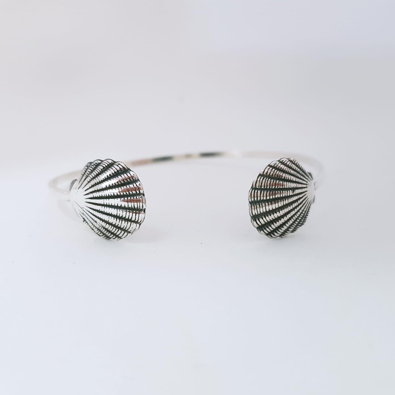 Bracelete de Prata Conchas