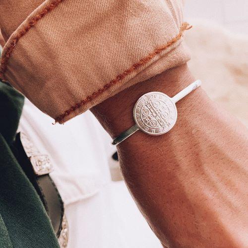 Bracelete de Prata São Bento