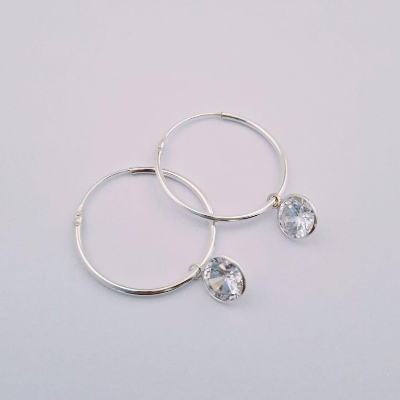 Brinco de Prata Argola Diamantezinho Zircônia