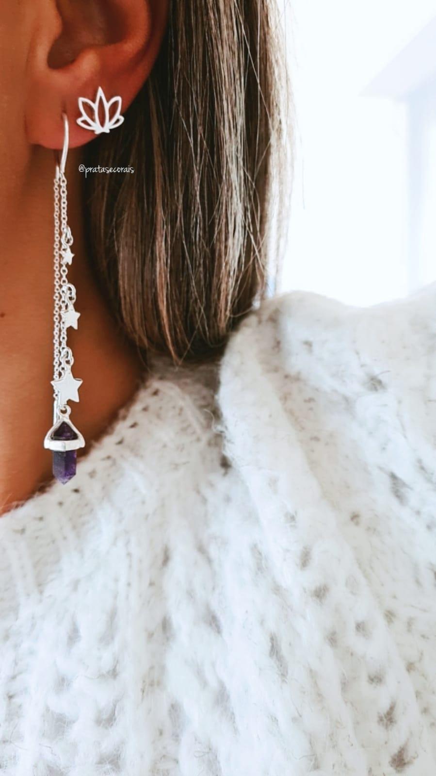 Brinco de Prata Cristal Ametista Penduricalho Estrelas