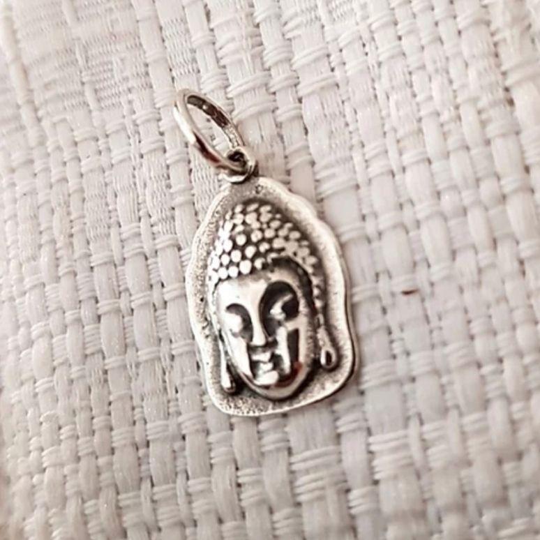 Pingente de Prata Buda Cabeça com Envolto