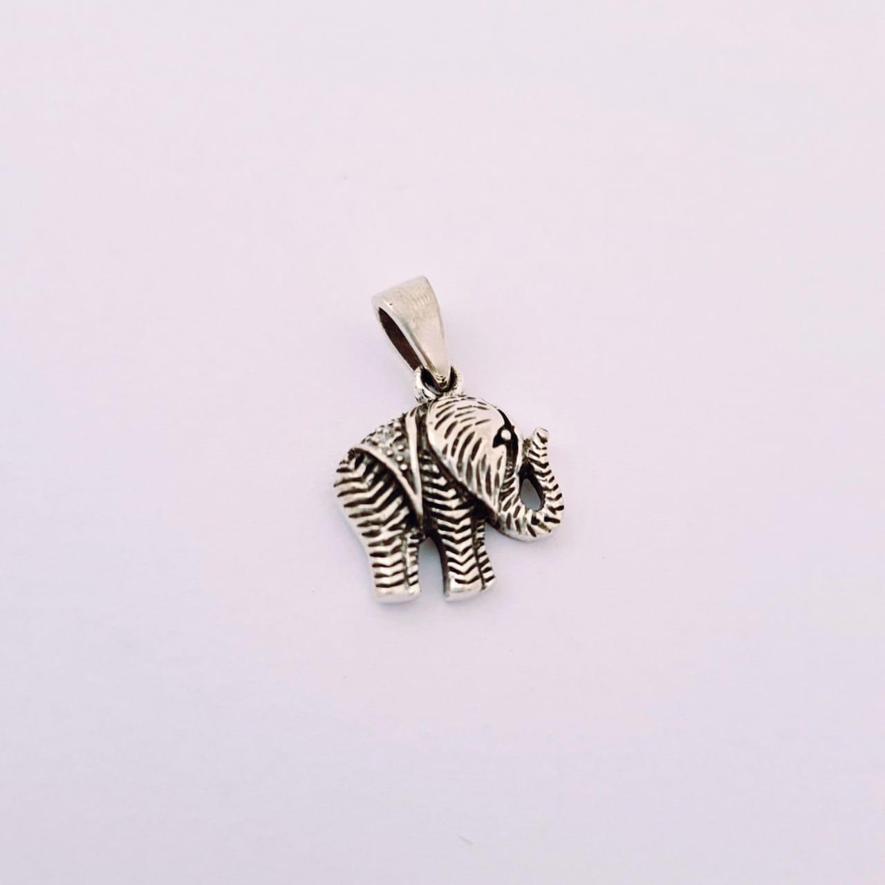 Pingente de Prata Elefante Detalhado