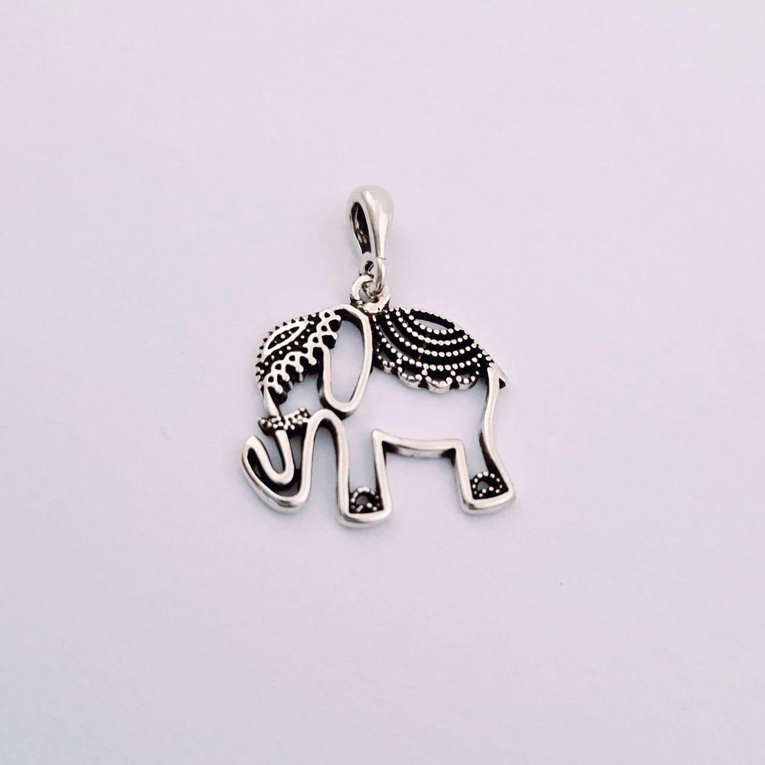 Pingente de Prata Elefante Indiano Vazado
