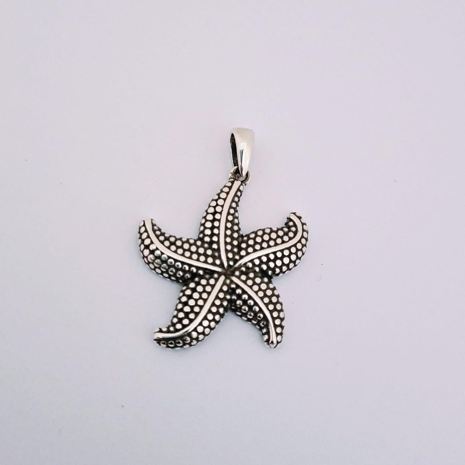 Pingente de Prata Estrela do Mar Pontilhada