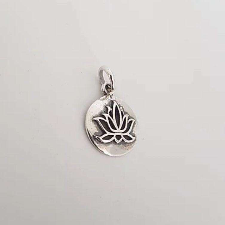 Pingente de Prata Mandala Flor de Lótus