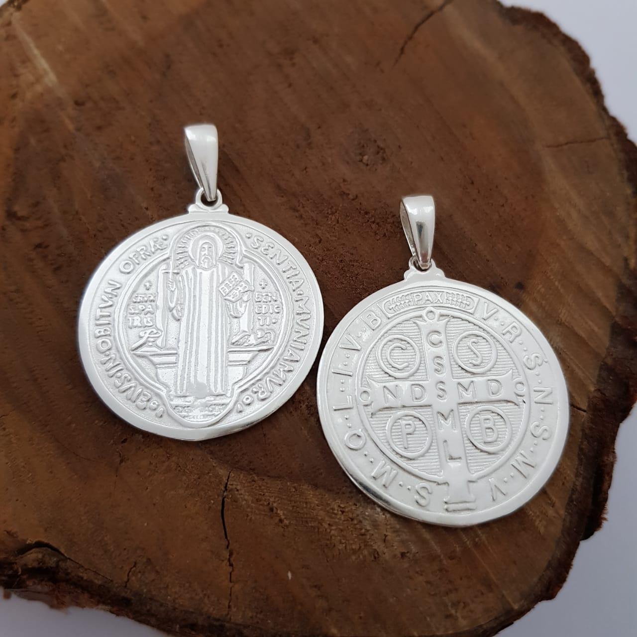 Pingente de Prata Medalha São Bento Grande